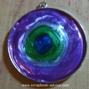 Jewelry Pendant filled with 3 colors of Pearl Lacquer